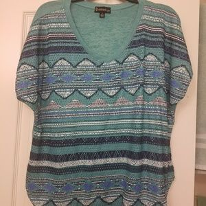 Xtra Large Teal Green and Blue top